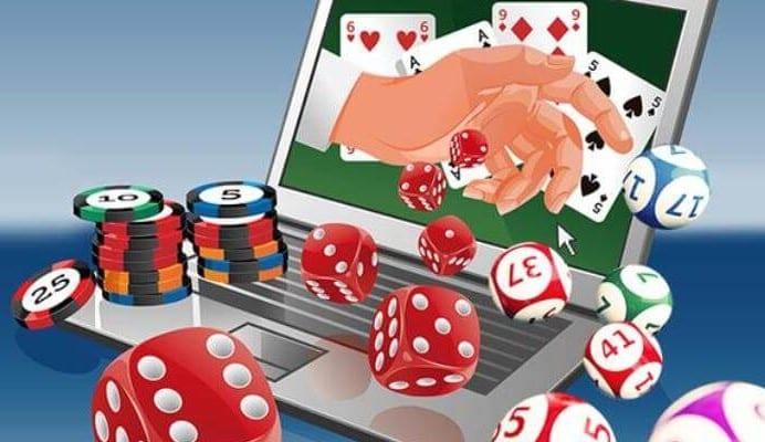 日本でオンラインカジノをプレイしても逮捕はされない?