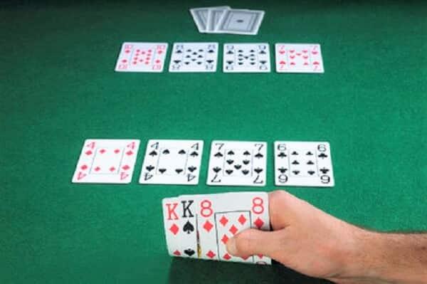 セブンスタッド・ポーカーのルールと流れ